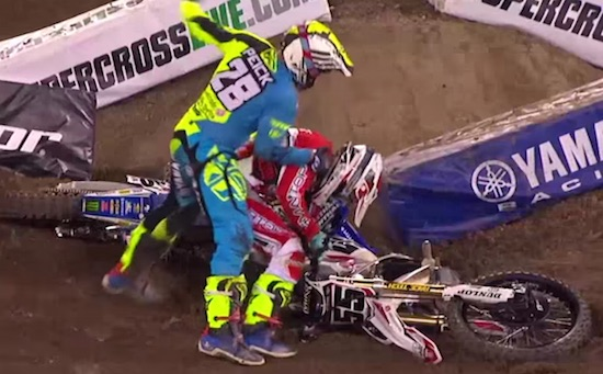 Peick motocross fight 2016
